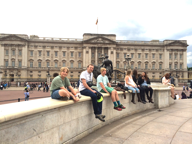 My Tired Boys in front of Buckingham Palace